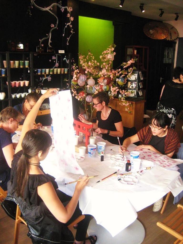Sumi-e workshop bij het Japanse winkeltje Batsu in Groningen - foto: Sachiko Graf